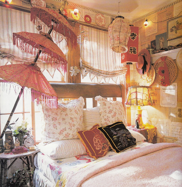 31 bohemian style bedroom interior design for Gypsy bedroom decor