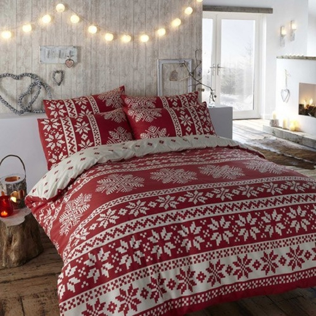 : christmas-bedroom-decorations - designwebi.com