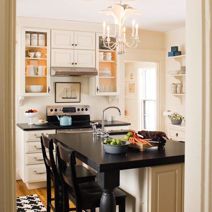 21 small kitchen design ideas photo gallery for Tiny kitchen remodel