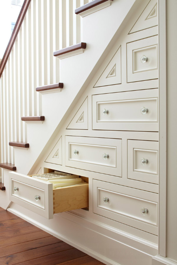 Under stairs storage ideas for small spaces for Understairs storage