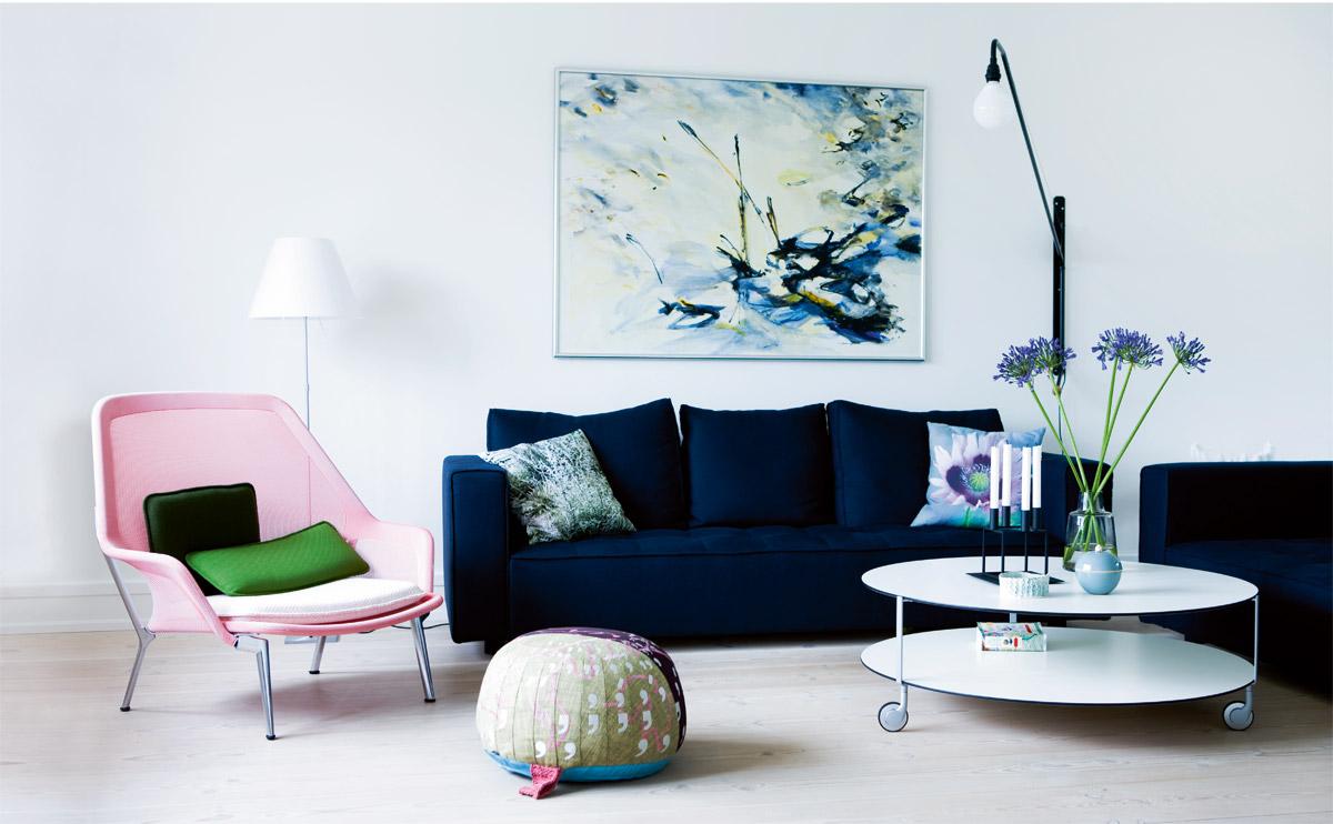 Living room blue velvet sofa light pink modern chair coffee table casters wheels