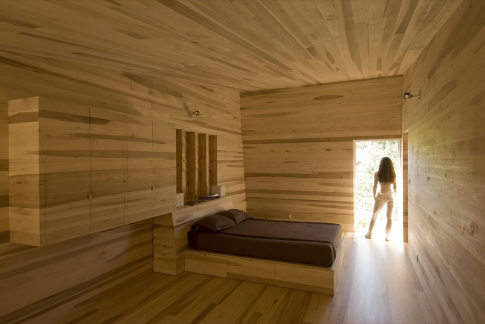 Wonderful Sliding House Wooden Bedroom Interior Design