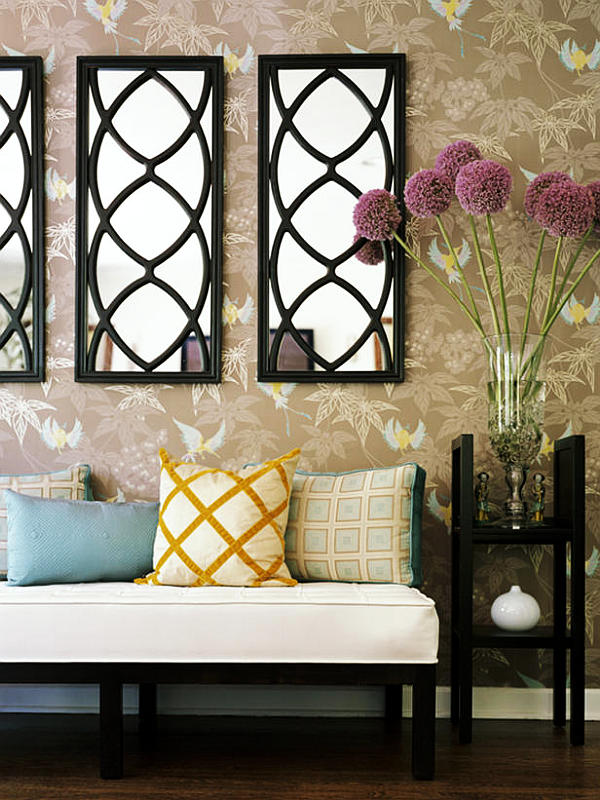21 ideas for home decorating with mirrors for Ideas to decorate living room walls