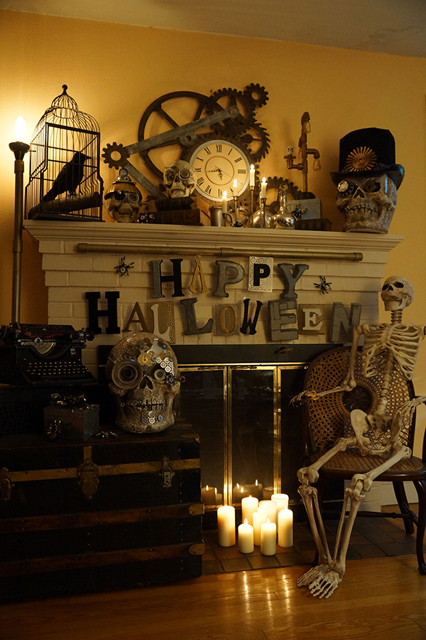 51 cheap easy to make diy halloween decorations ideas for Idee decoration porte halloween