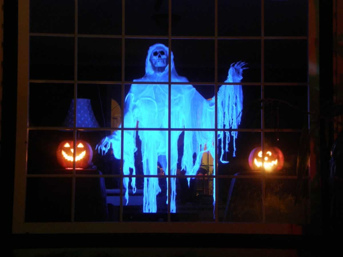 ghost window halloween decorations outdoor - How To Decorate Outside For Halloween