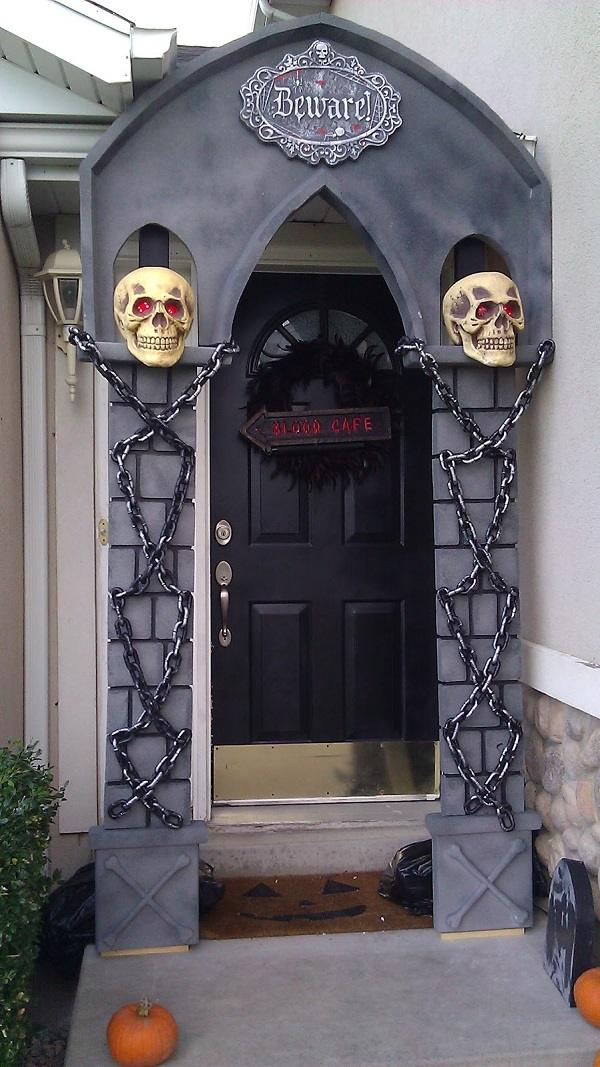 Ideas halloween decorations door for warm welcome