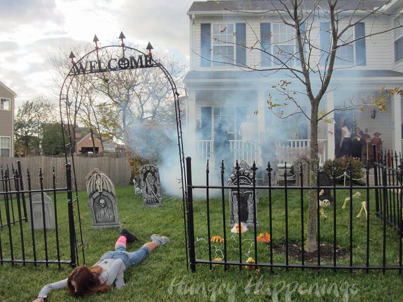 halloween decorations outdoor welcome - Diy Halloween Outdoor Decorations