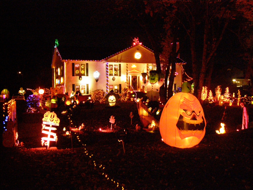helloween garden halloween pumpkin light