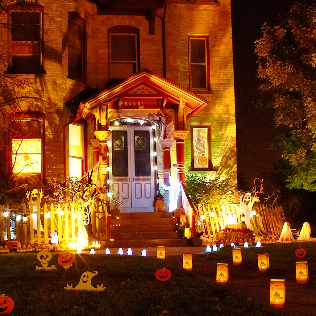 lighting exteriors photo outdoor halloween decorations - Great Halloween Decorations