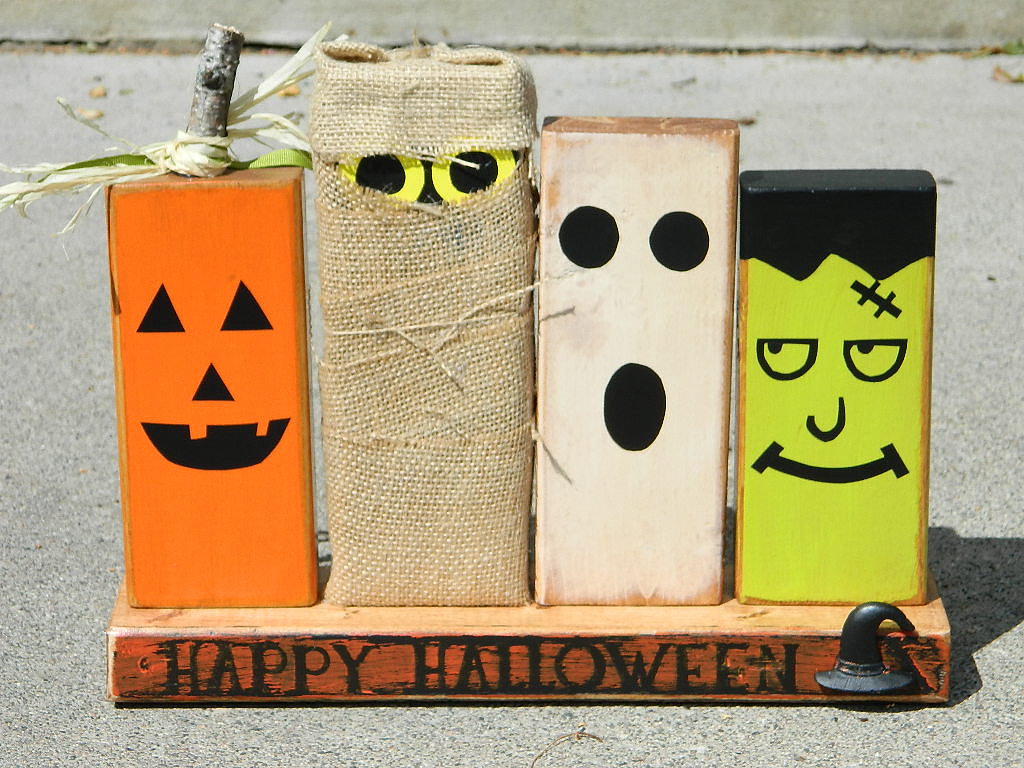 Wooden halloween yard decorations - Cute Wooden Halloween Decoration