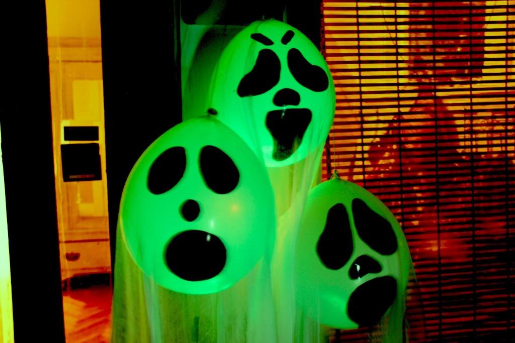 Halloween Ghost Glow Balloons