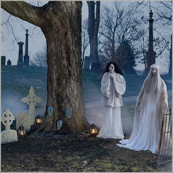 Halloween decoration ideas props ghosts graveyard