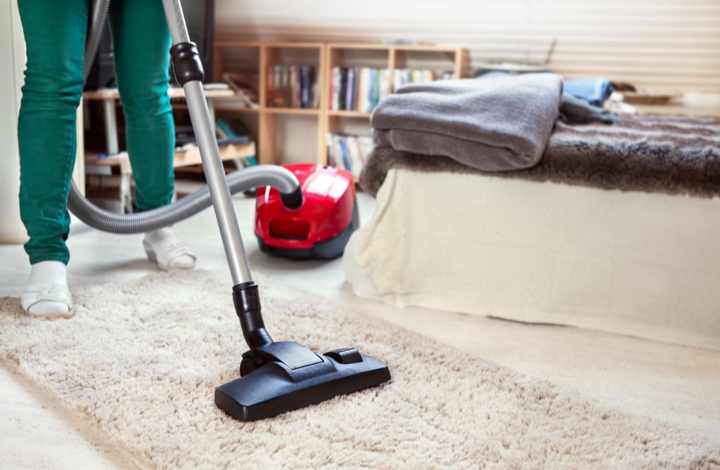 Use Vacuuming and Disinfectant Wipes to Keep Skirting Boards Clean