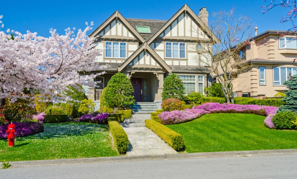 Put These Curb Appeal Ideas to Work