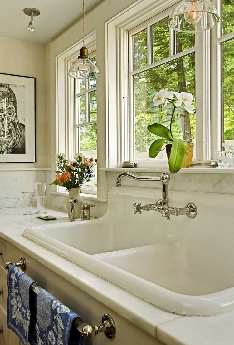 Repurposing salvaged kitchen sink