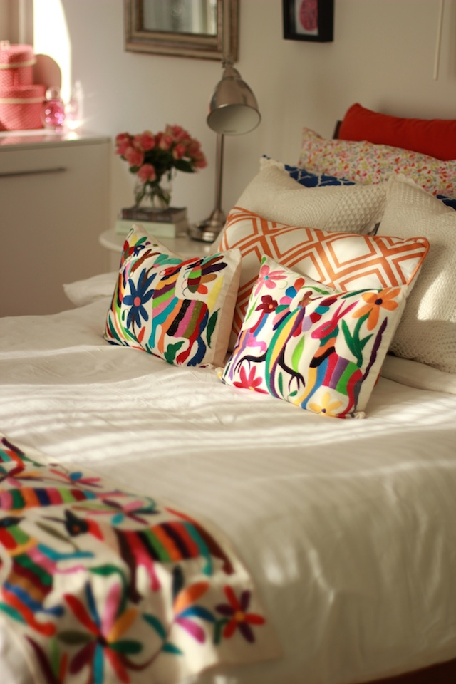 embroidery bed sheets and pillow