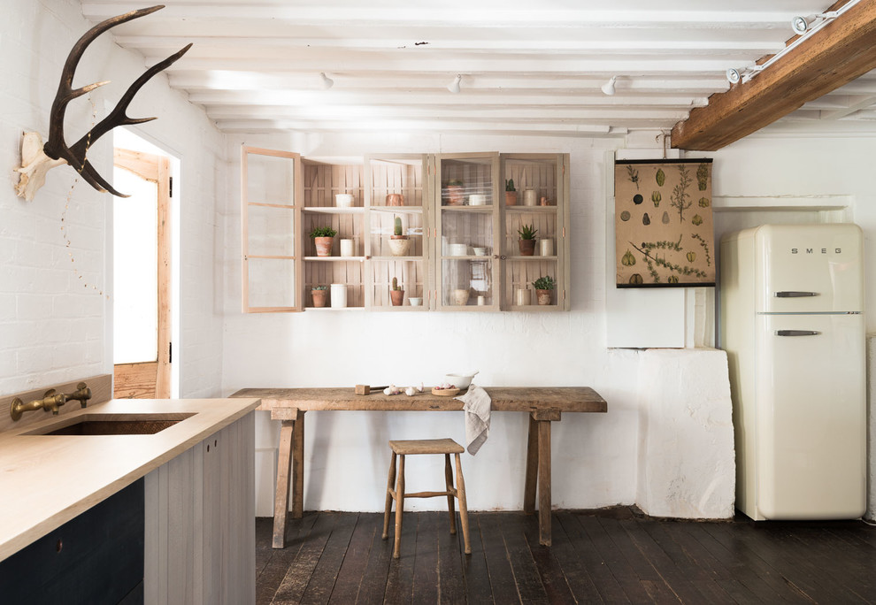 Rustic White Kitchen Design