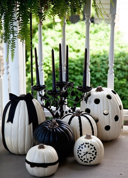 Black and White pumpkins ideas Halloween Decoration