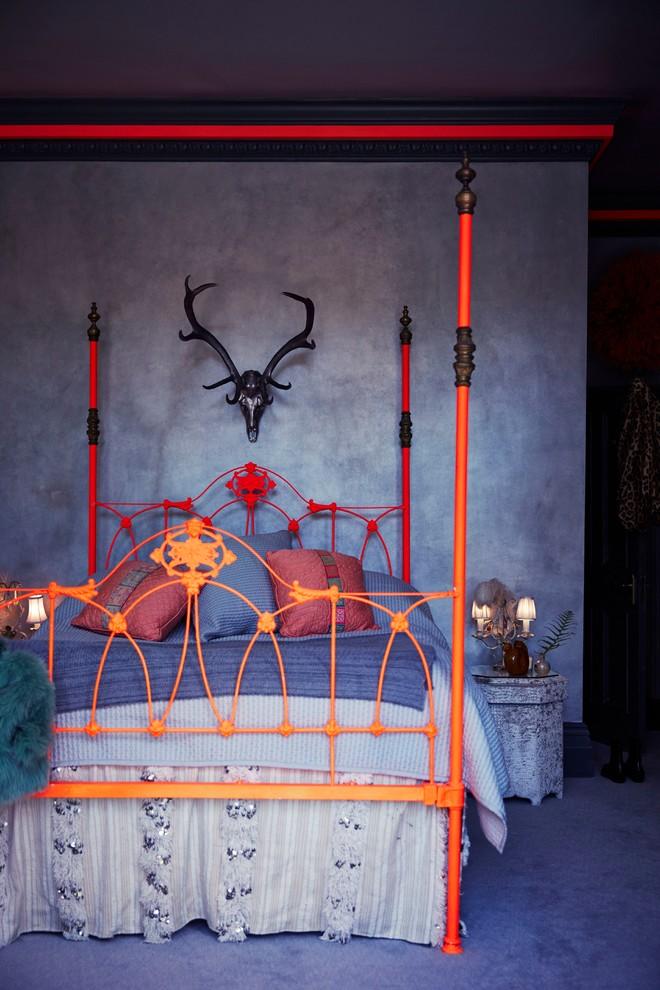 eclectic bedroom Black Skull, Unusual Colors