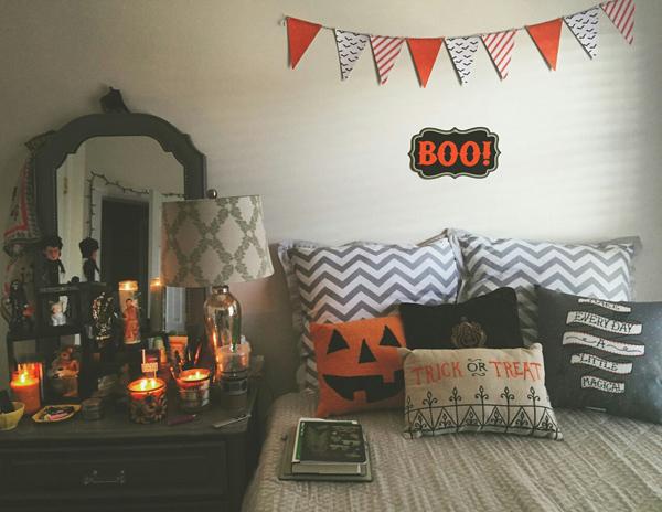 halloween bedroom decor