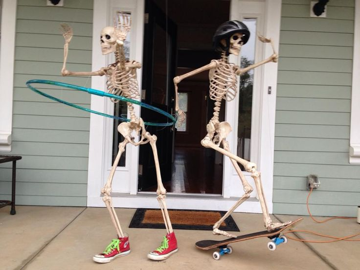 Front Porch Halloween Skeleton Decorations