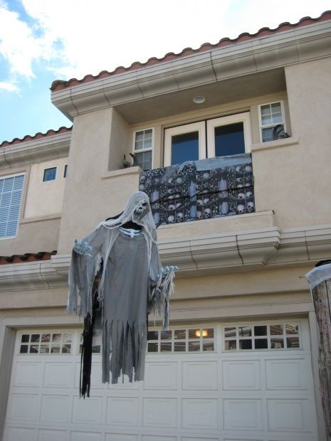 float evil entity Halloween ghost decor ideas